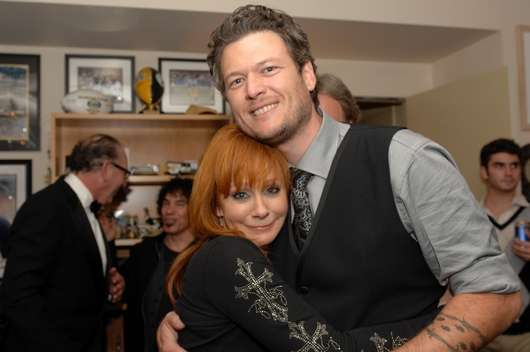 miranda lambert and blake shelton duet. Reba and Blake Shelton